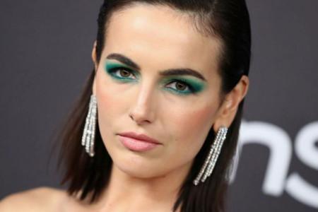 Zaboravite na neutralne boje: Novi bjuti trend osvojio poznate dame (foto)