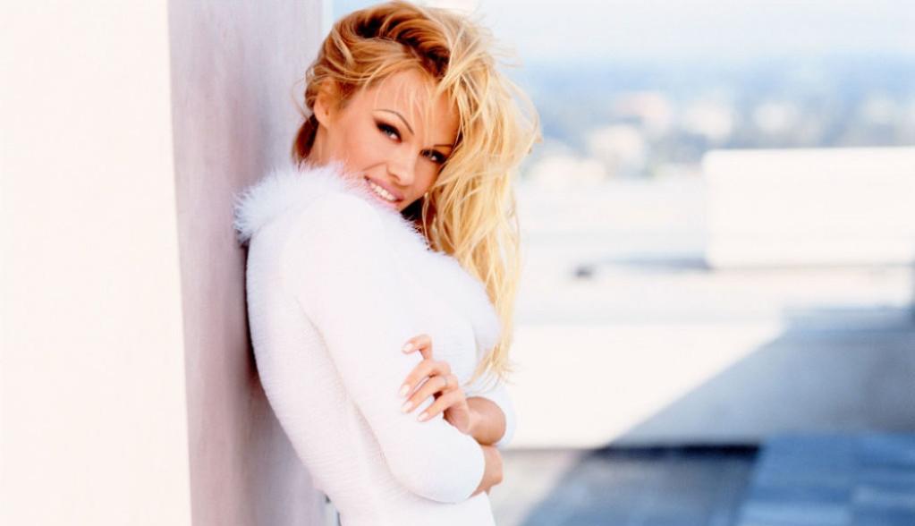 Pamela Anderson se udala po šesti put, o mladoženji svi pričaju (foto)