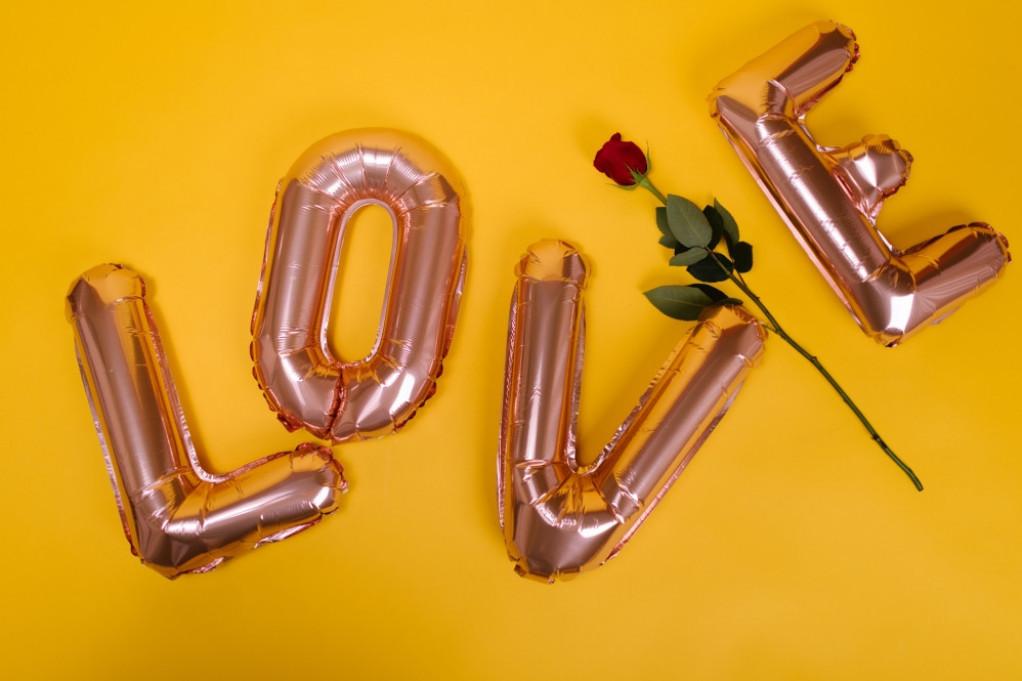 Horoskop za 9. februar: Blizanci, doza mističnosti može da vam donese neprijatnost u porodičnom i ljubavnom životu