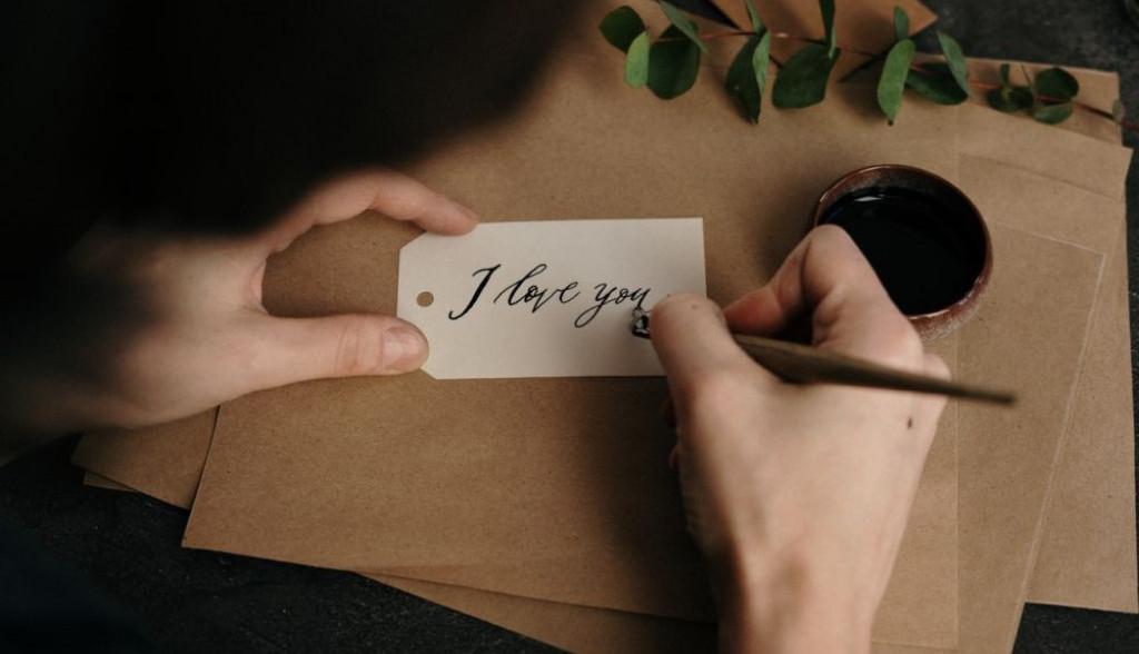 """Muškarci rođeni u ovim horoskopskim znakovima vam nikad neće reći """"volim te"""""""