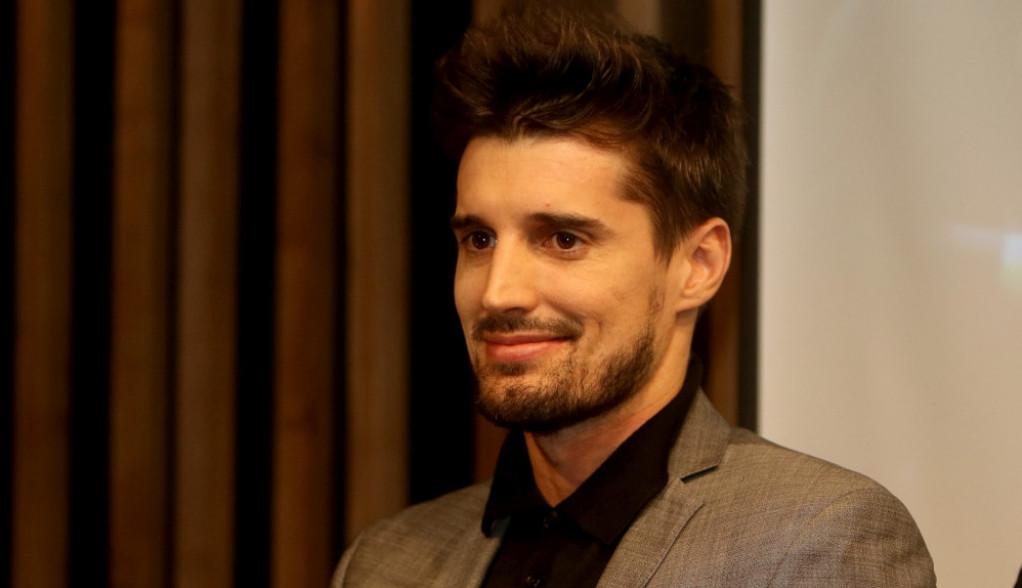 Luka Šulić postao tata po treći put, beba na svet stigla u porodičnom domu