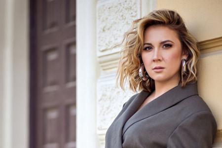 Tijana Marković za HELLO!: Ogroman uspeh i velika porodična tragedija u isto vreme