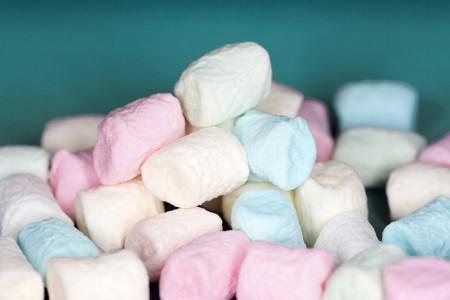 Poput oblačića: Napravite domaće penaste bombone (marshmallow)