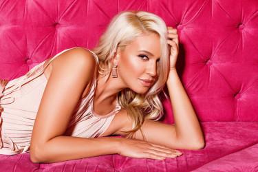 On je najveća ljubav Milice Todorović, pevačica posle toliko vremena: Ne vredi, samo više volim te!