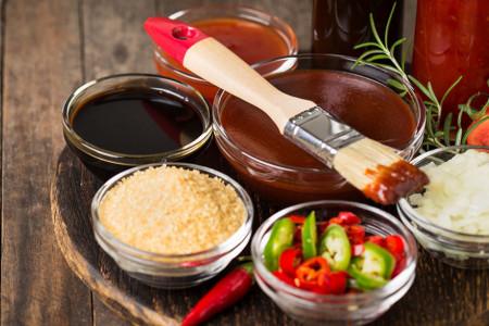 Sezona roštilja može da počne: Recept za domaći BBQ sos