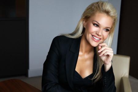Kao Barbika: Lena Kovačević izgleda deset godina mlađe, njena nova frizura je pun pogodak