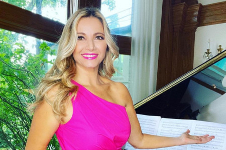 Marina Arsenijević napustila je Srbiju 2001. godine, danas živi pravu bajku i izgleda božanstveno (foto)