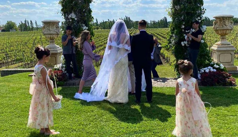 Šaban bi bio ponosan: Oženio se Luka Adžić, mlada sve ostavila bez daha (foto)