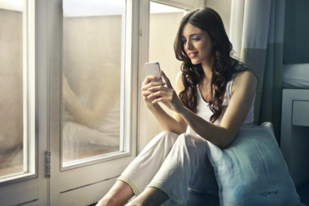 Ljubavni horoskop za 20. jun: Neko misli na vas, iznenadni poziv promeniće sve