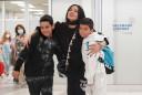 Posle više od godinu dana agonije Tanja Savić sa sinovima stigla u Beograd (foto)