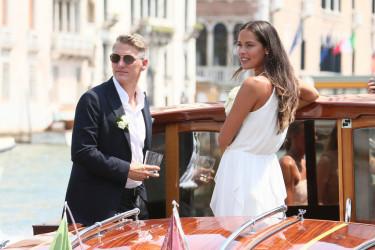 Ana i Bastijan: Pet godina sreće i fotografija sa venčanja koju niste videli