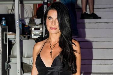 Crna haljina je pun pogodak, ali gde je Aleksandra Jeftanović kupila ove sandale? (foto)
