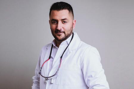 Dr Marko Kozomara: Stomatolog koji donosi inovacije