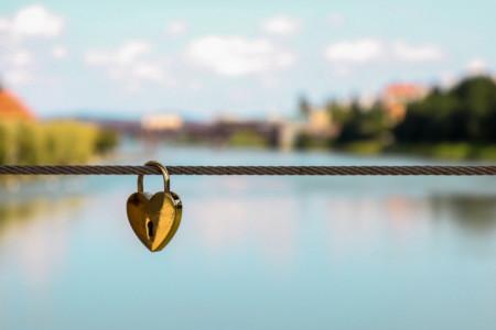 Ljubavni horoskop za 22. avgust:  Oprez! Zaljubićete se u osobu sa kojom nećete imati mnogo sreće
