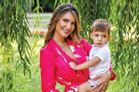 Anđela Đurašković o velikoj borbi za sina Mihajla: Dan njegovog rođenja istovremeno je najsrećniji i najtužniji dan u mom životu