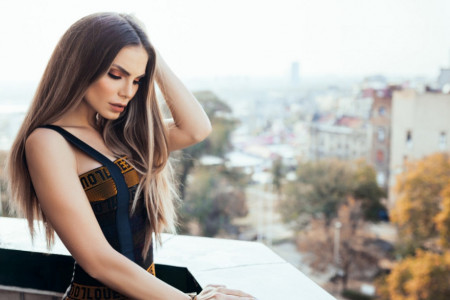 Uteha i najveća ljubav: Posle majčine smrti Nina Seničar u najtoplijem zagrljaju (foto)