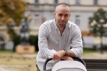 Ekskluzivne fotografije: Pavle Jerinić za HELLO! otkriva kako je izgledao prvi susret sa ćerkom Zorom