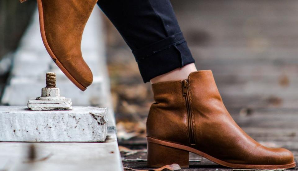 Ludost ili sjajno rešenje: Da li smete da ispolirate kožne cipele acetonom