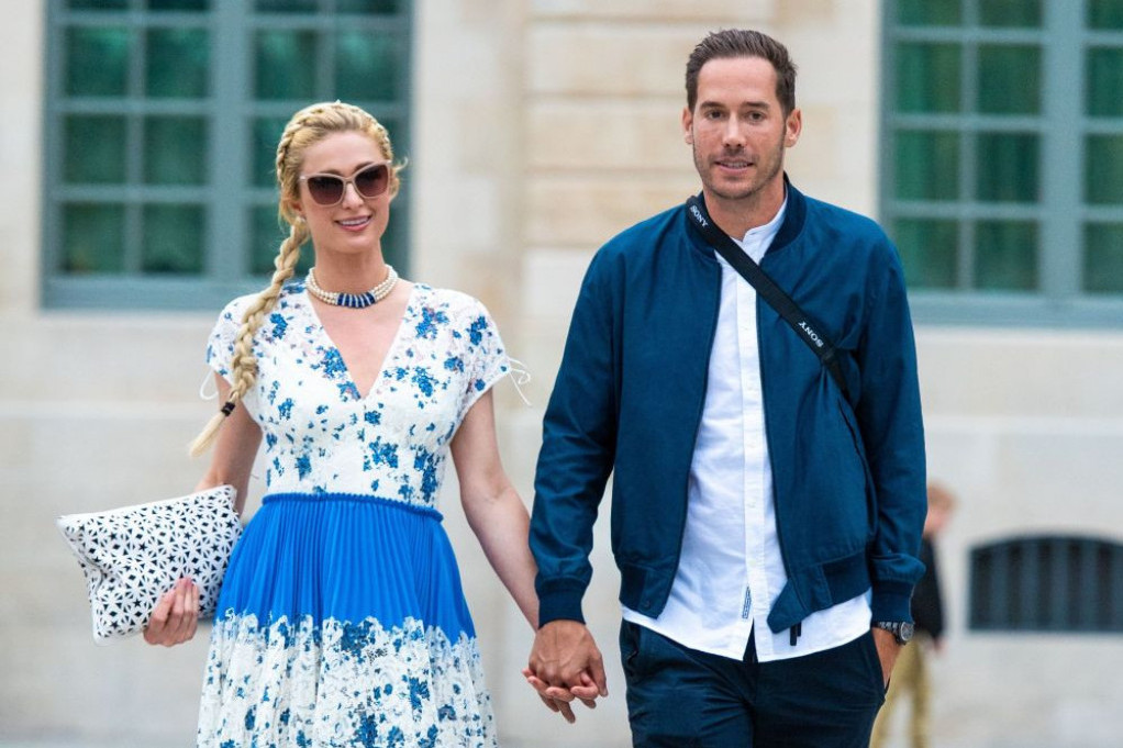 Paris Hilton u Parizu: Pred venčanje sa verenikom obišla grad svetlosti (foto)