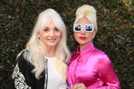 Svađe, nerazumevanje, sukobi, depresija: Uz pomoć ove metode Lejdi Gaga i njena majka postale su kao jedno