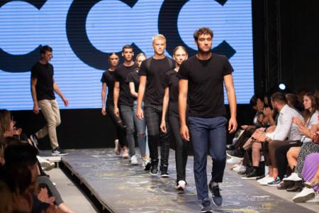 "Poznate ličnosti i moda za mlade obeležili drugo veče ""Serbia Fashion Week""-a  (foto)"