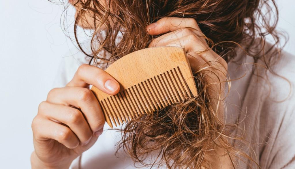 Stres, produženi kovid, disbalans hormona: Zašto kosa pojačano opada