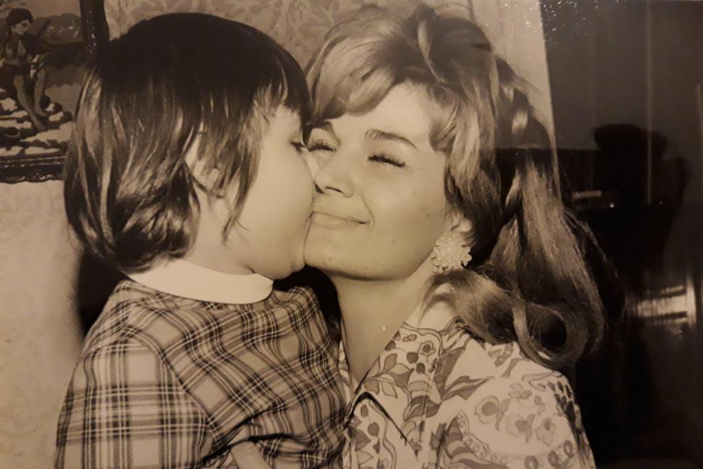 Silvana je u trenutku pogibije imala ćerku od 12 godina, danas Gordana Armenulić živi sa velikim bolom: Majko, ostala sam te željna (foto)