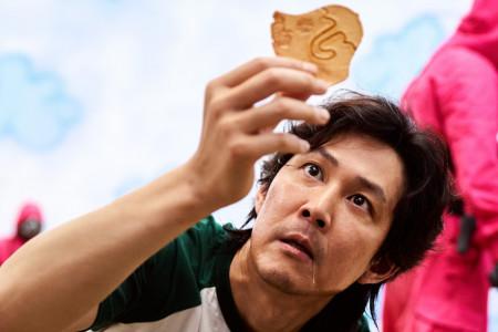 Korejska poslastica iz hit serije Squid Game zaludela svet: Šta je dalgona i kako se pravi