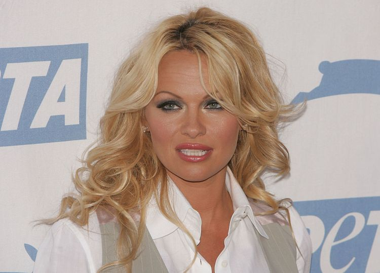 Pamela Anderson se razvela