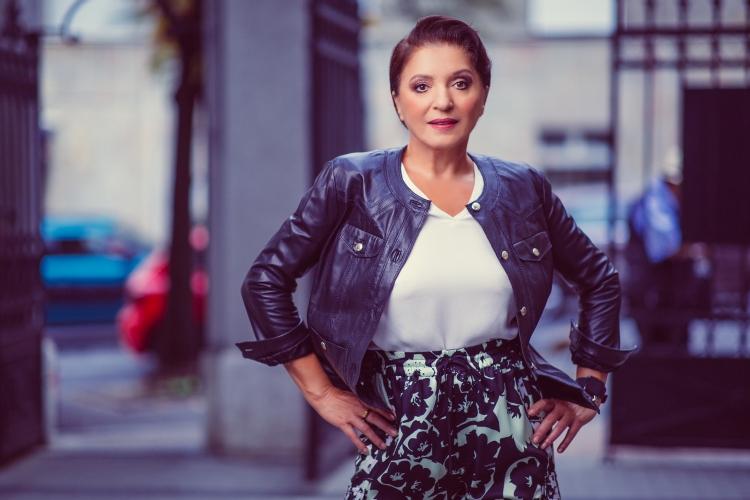 """Mirjana Karanović za """" Hello!"""""""
