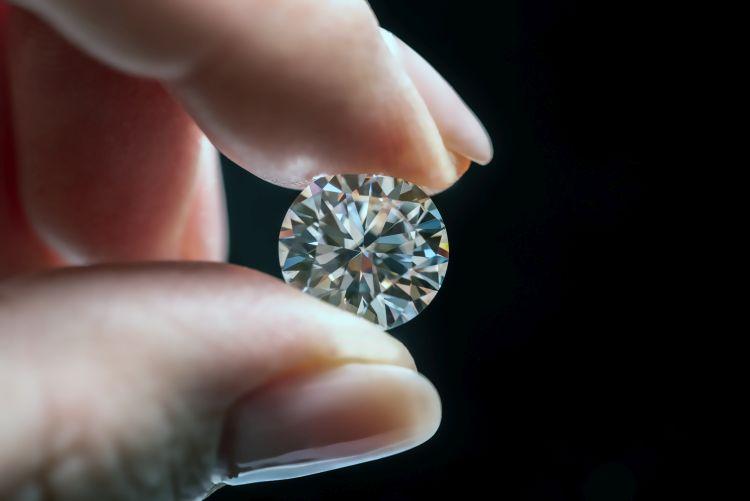 prirodni dijamanti