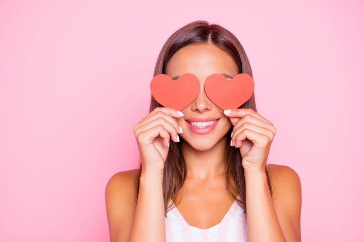 pokloni po horoskopskom znaku za Dan zaljubljenih