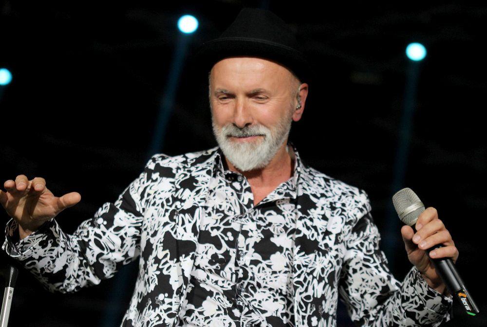 pevač Dino Merlin